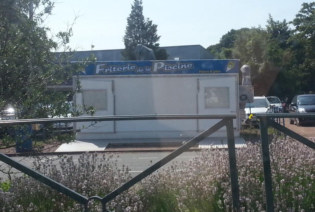 Friterie de la piscine li vin sur le portail des friteries for Piscine vitry le francois
